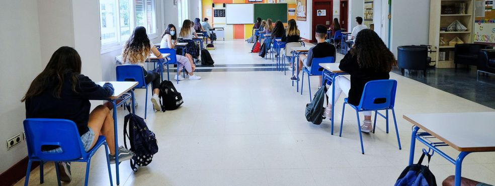 Los profesores se rebelan en Madrid e irán a la huelga al inicio de curso  ante la